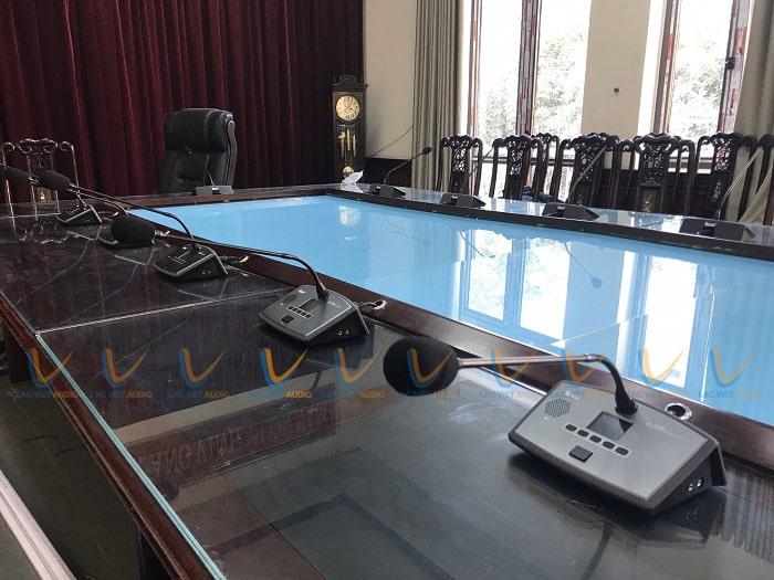 Lạc Việt Lắp đặt hệ thống âm thanh cho phòng họp với các thiết bị chính hãng