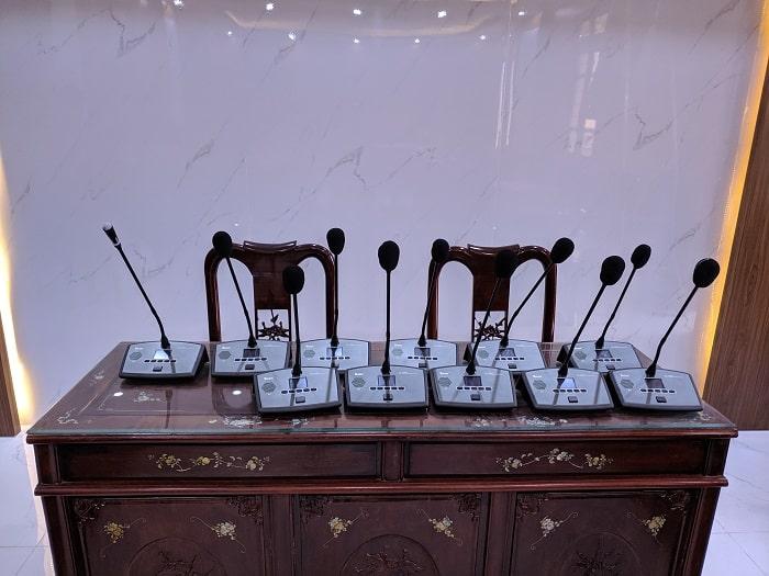 Hệ thống micro Nuoxun được sử dụng tại phòng họp
