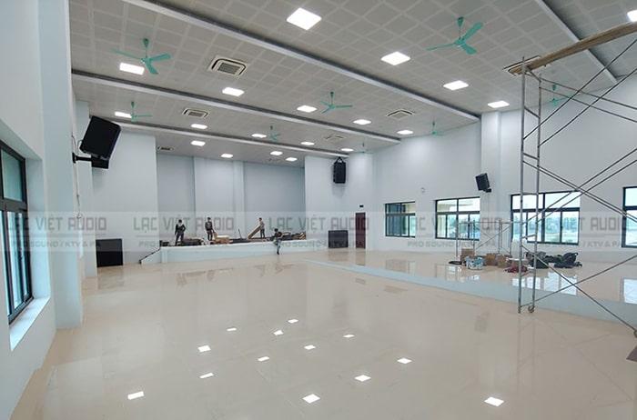 Sân khấu Trường Cao đẳng Kỹ thuật Công nghệ Nam định mới xây sựng khang trang, rộng rãi