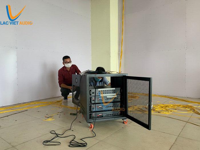 Hệ thống điều khiển được đặt trong phòng kỹ thuật