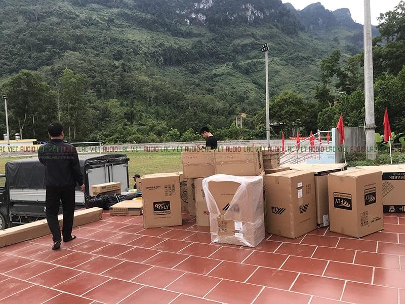 Thiết bị được Lạc Việt Audio nhập khẩu chính hãng có đầy đủ Co, Cq