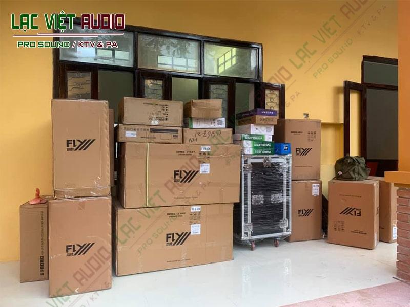Hình ảnh các sản phẩm thiết bị âm thanh của chúng tôi vừa được vận chuyển đến