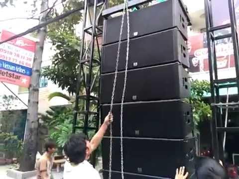 Dàn Array có thể treo lên để tạo một góc phủ âm thanh lớn