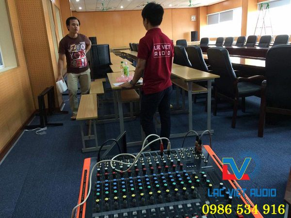 Cung cấp âm thanh hội trường cho trường Đại Học Dệt May Hà Nội