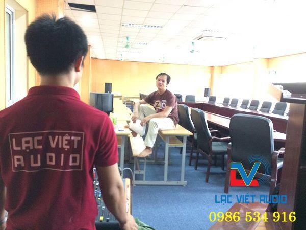 Cung cấp dàn âm thanh hội trường cho trường Dệt May Hà Nội
