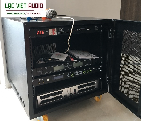 Hệ thống thiết bị được đưa vào tủ rack gọn gàng dễ sử dụng