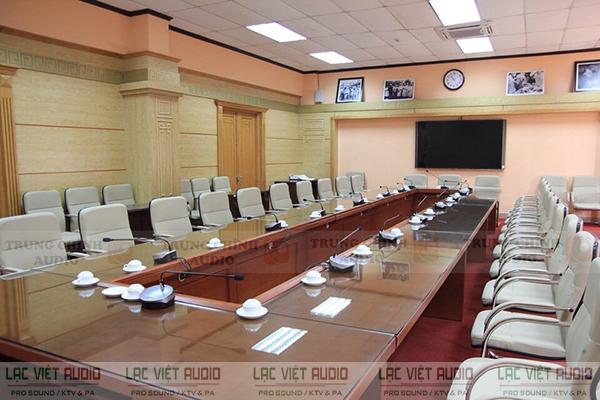 Hệ thống âm thanh phòng họp Toa TS-780 được ứng dụng phổ biến cho nhiều không gian phòng họp