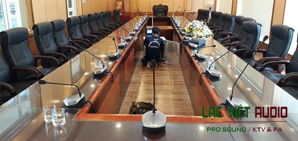 Hệ thống micro hội nghị cho phòng họp