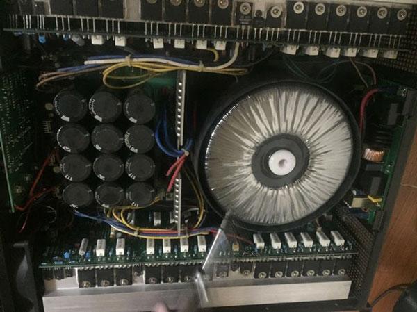 Hình ảnh thiết kế bên trong cục đẩy CA18
