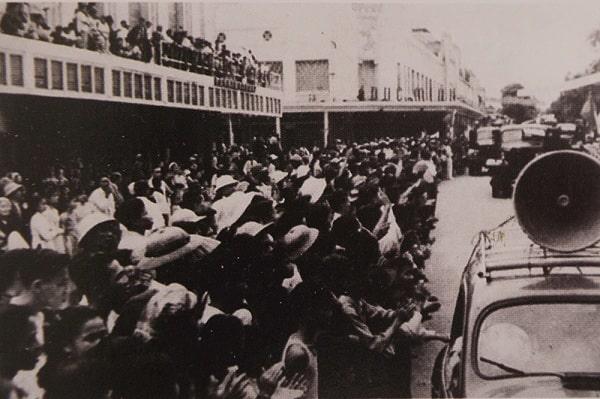 Hình ảnh loa thông báo xuất hiện nhiều trong thời kỳ kháng chiến