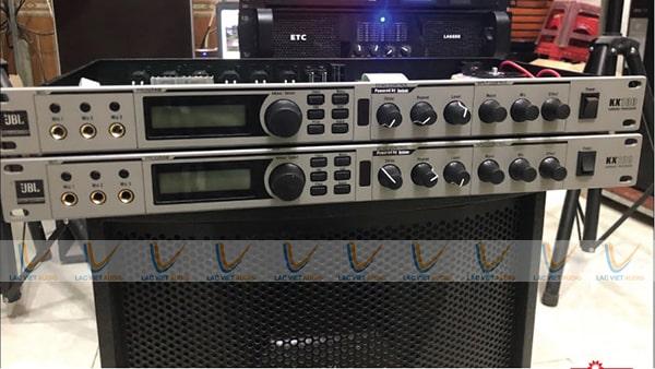 Vang số JBL KX100 hỗ trợ người dùng tối đa