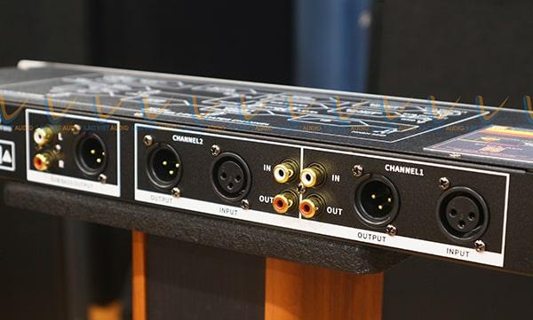 King HP-100 mang tới chất lượng âm thanh hay hơn bản gốc.