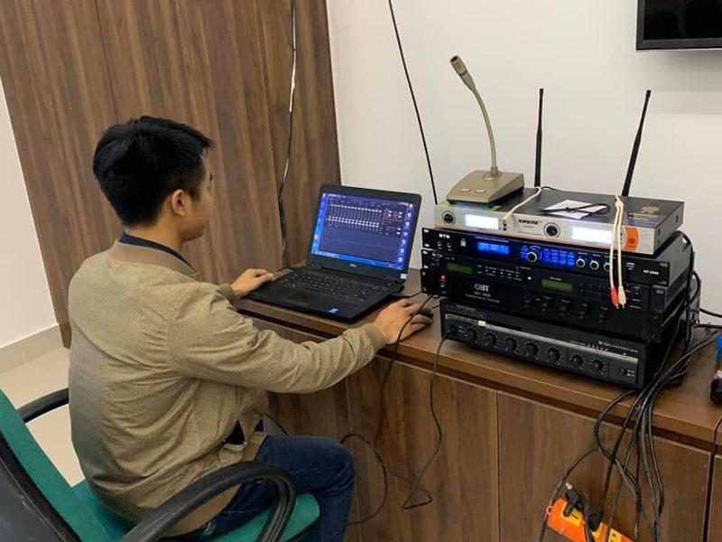 Việc lắp đặt hệ thống âm thanh phòng họp cần kỹ thuật viên có trình độ SETUP