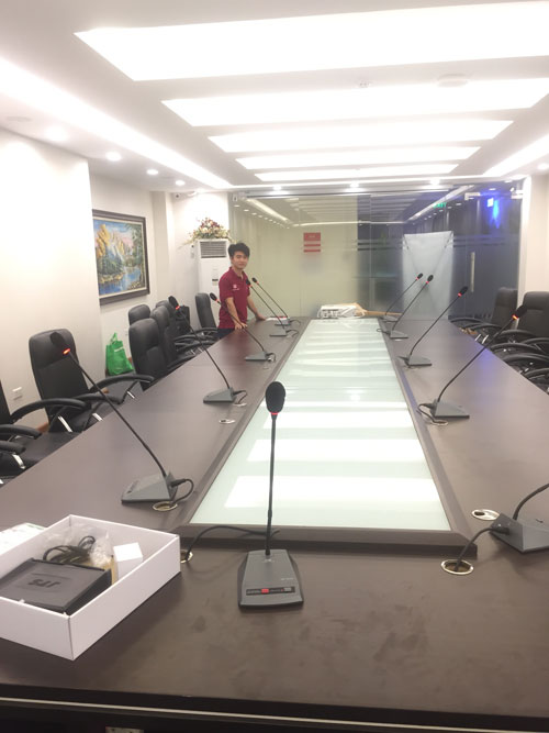 Lắp đặt hệ thống micro OBT cho phòng họp