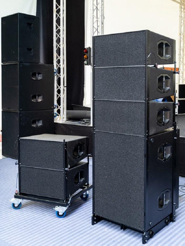Loa array PL-audio LA210 thiết kế thủ công đẹp mắt