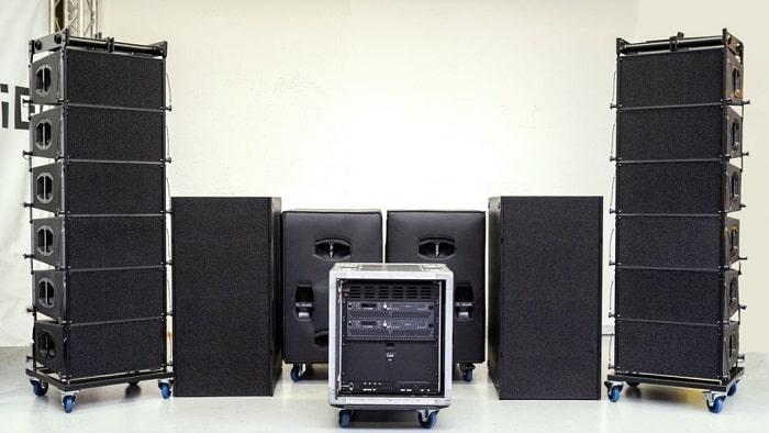 Loa array PL-audio LA210 nhập khẩu chính hãng tại Lạc Việt Audio