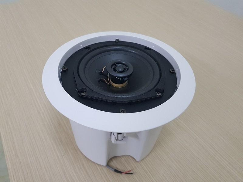 Loa âm trần không dây Bluetooth