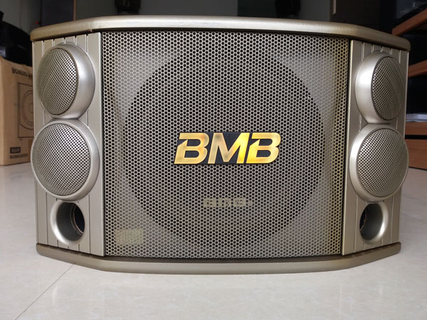 Loa karaoke bãi BMB 850 xịn