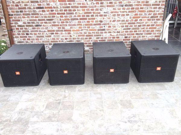 Loa JBl 718S được Công ty cổ phần âm thanh Lạc Việt cung cấp cho nhiều khách hàng