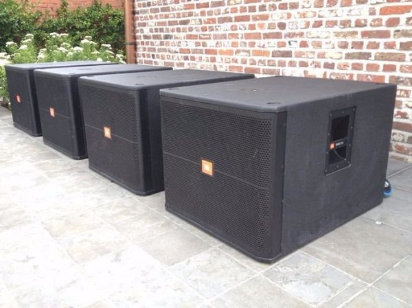 Loa JBL SRX718S sử dụng vào hầu hết các mục đích âm thanh khác nhau