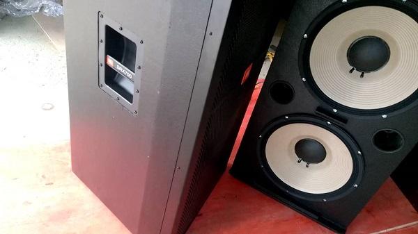 Loa JBL SRX725 tại Lạc Việt Audio