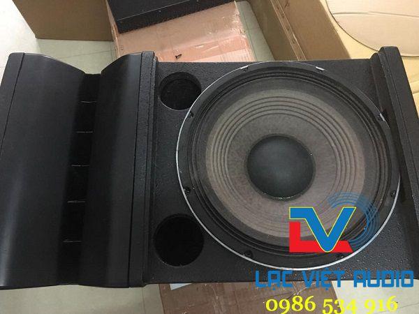 Thiết kế loa JBL VRX932 cho phép sử dụng loa JBL VRX932 vào nhiều mục đích