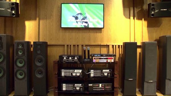 Loa Paramax F1000 cho phòng karaoke gia đình