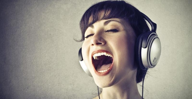 Mở rộng khuôn miệng là cách giúp hát giọng cao, nốt cao