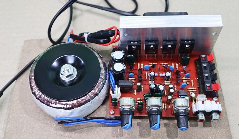 Mạch này chuyên cho các dòng amply karaoke nghe nhạc hiện nay như Pioneer.