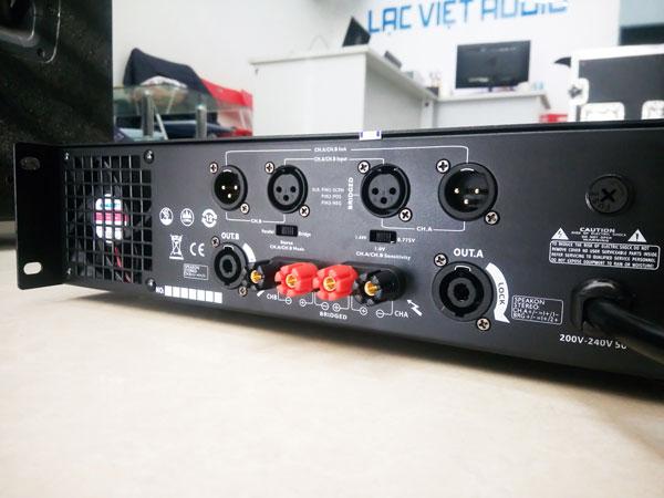 Mặt sau cục đẩy BW D2650 thiết kế đơn giản