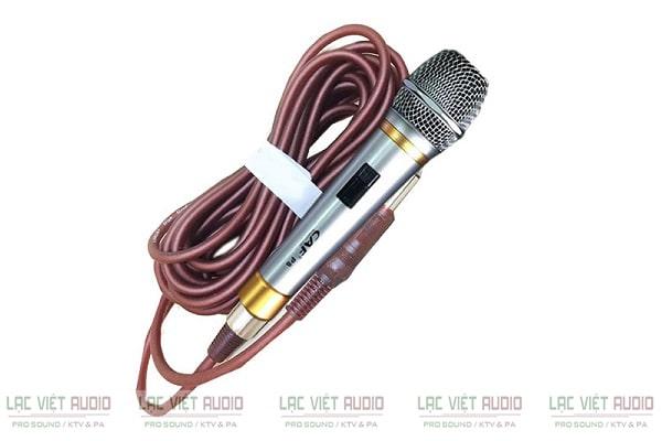 MIcro có dây CAF được ứng dụng phổ biến trong các dàn thiết bị âm thanh karaoke, sân khấu, sự kiện