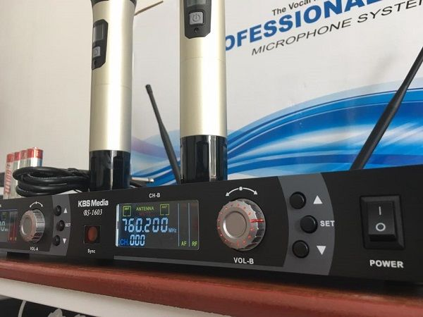 Micro KBS BS1603 thiết kế cho phép điều chỉnh tần số dễ dàng