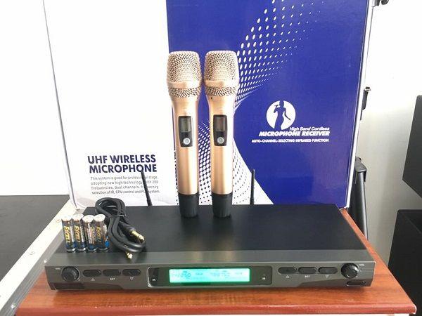 Micro KBS BS7100 thiết kế mang phong cách châu âu