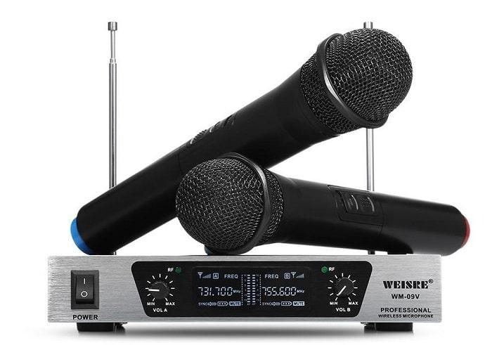 Có nên sử dụng micro không dây VHF hay không?