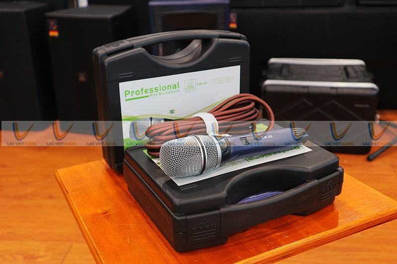 Micro King EW90 tại Lạc Việt Audio