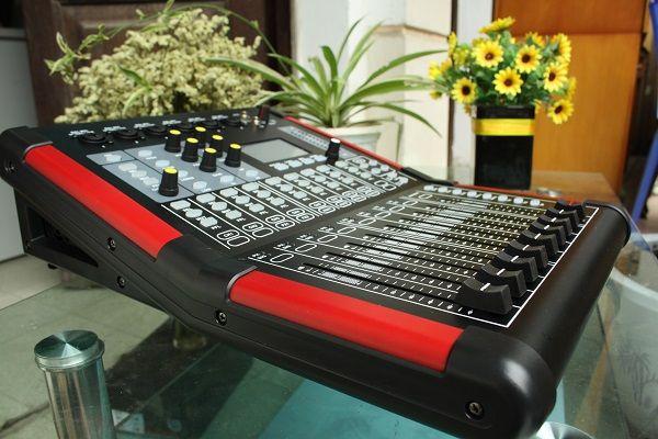 Thông số kỹ thuật của bàn mixer Digiatal V10F