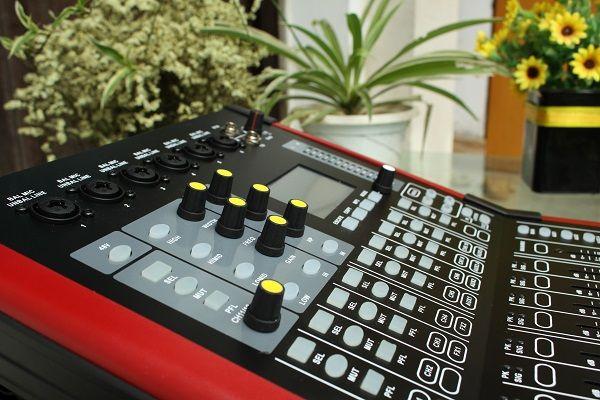 Mixer Digital DB V10F thiết kế đẹp