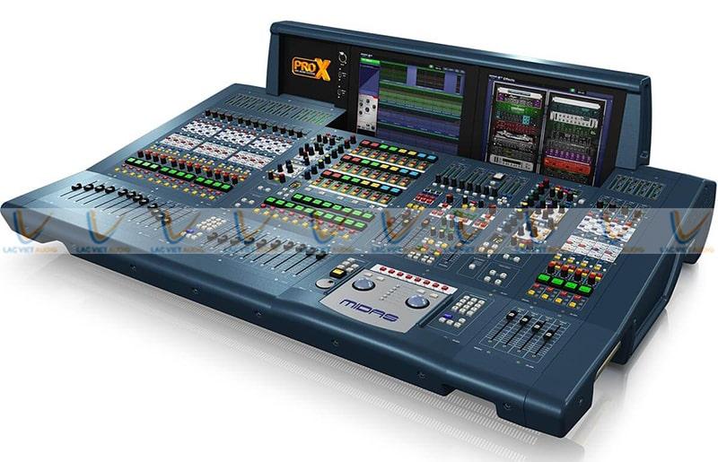 Mixer Midas PRO X còn có khả năng kiểm soát nhờ ứng dụng Mixtender