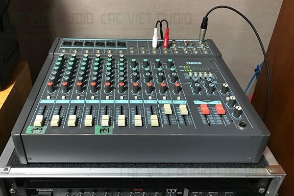 Mixer Yamaha MG20XU Lạc Việt audio chất lượng cao