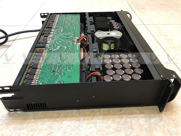Mua cục đẩy công suất bãi DH Audio P224 giá tốt tại Lạc Việt Audio