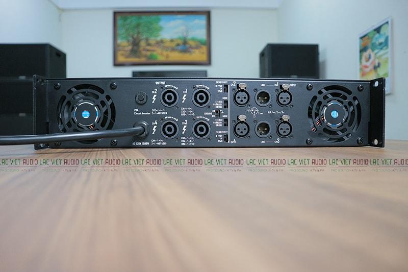 Mặt sau King MX-8004