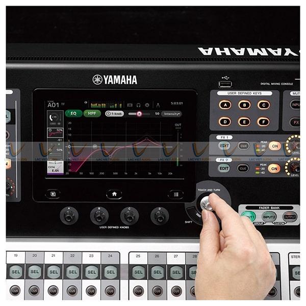 Các nút điều chỉnh của Mixer Yamaha TF1