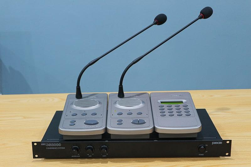 Paso CS2080 kết nối với micro đại biểu và micro chủ tịch