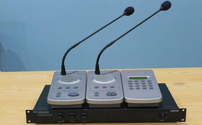 Paso CS2100 kết nối với micro đại biểu và micro chủ tịch
