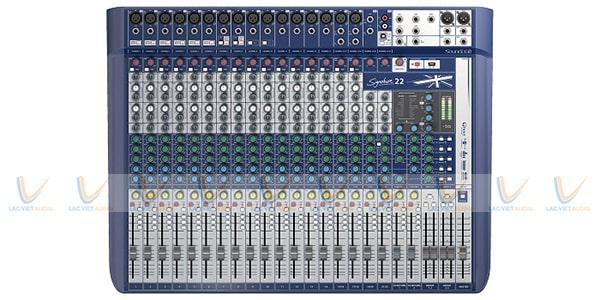 Bảng điền khiển của Mixer Soundcraft Signature 22
