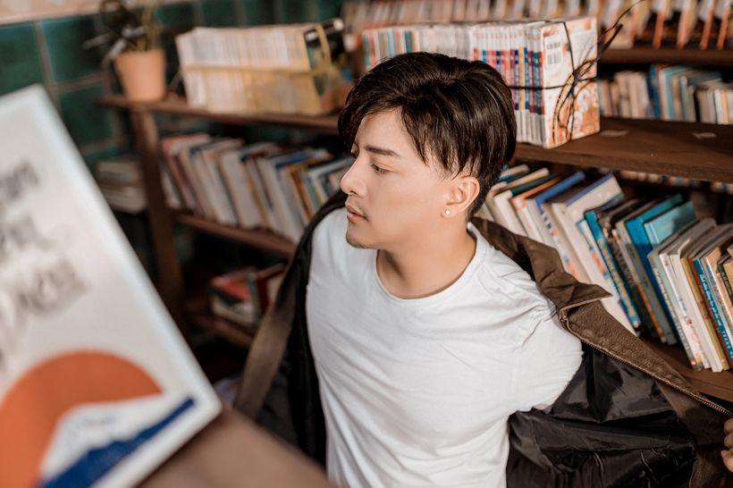 Hình ảnh mới của Cao Thái Sơn trong Khóc Giữa Trời Mưa