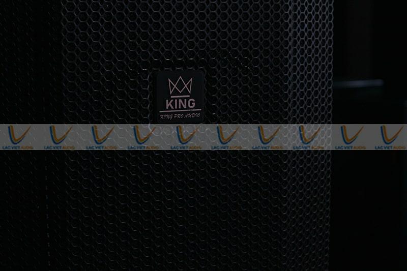 Thiết kế của loa karoake King DE-12 hiện đại