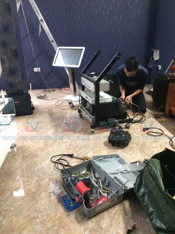 Sự chuyên nghiệp bạn sẽ thấy chỉ khi làm việc trực tiếp với Lạc Việt Audio
